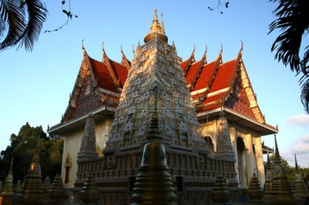 Wat Saranat Thammaram i rayong