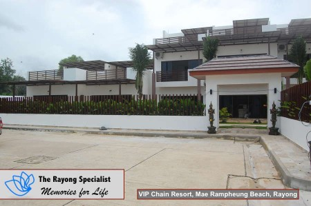 Oasis Garden Pool Villa in VIP Chain Resort Mae Rampheung Beach Rayong 00001