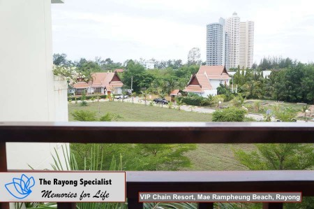 Royal Tropical Beach in VIP Chain Resort Rayong 00003