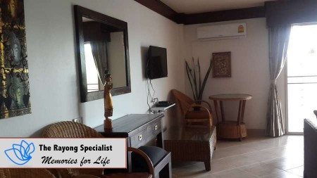 Apartment in Sea Sand Sun Beach Condominium Mar Rampheung Beach Rayong 00003